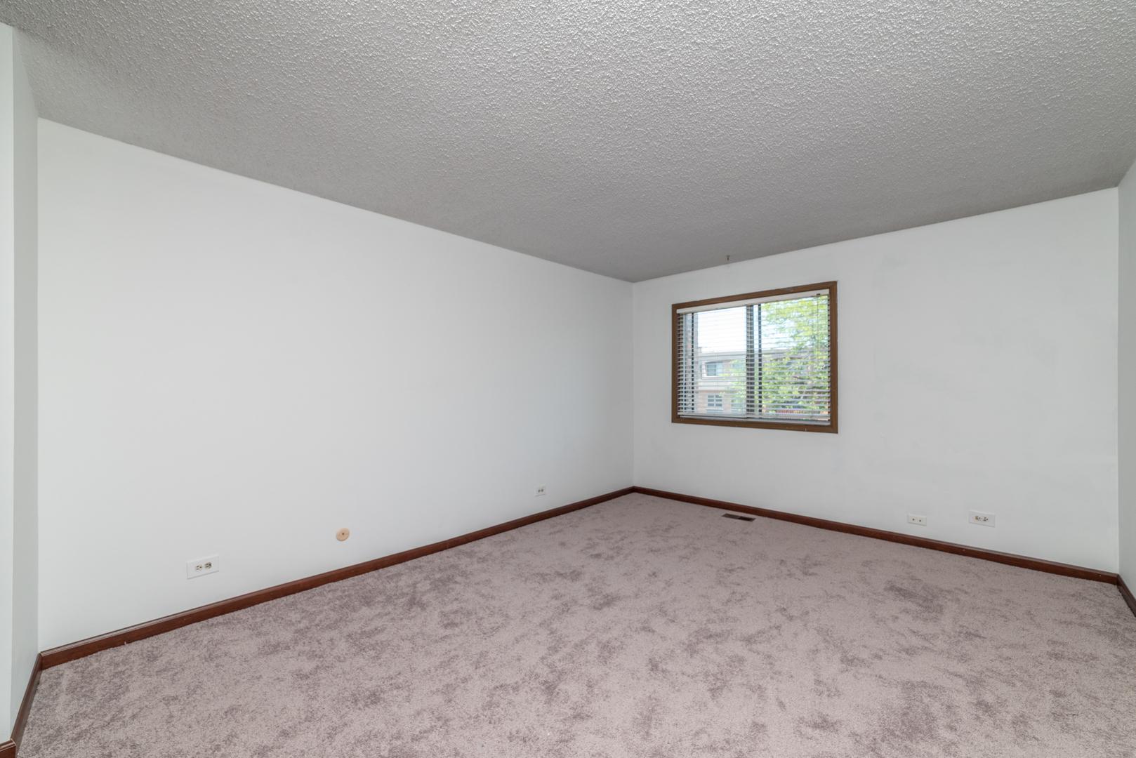 601 West Huntington Commons 109, Mount Prospect, Illinois, 60056