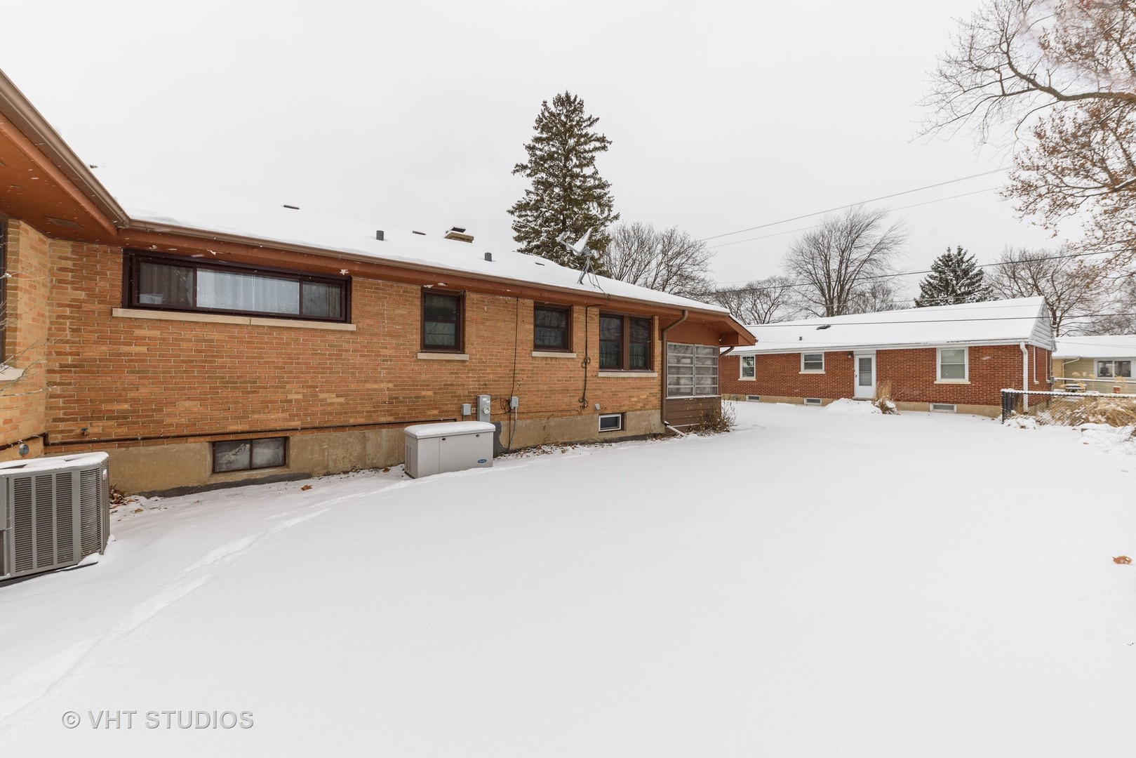 906 West Lincoln, Mount Prospect, Illinois, 60056