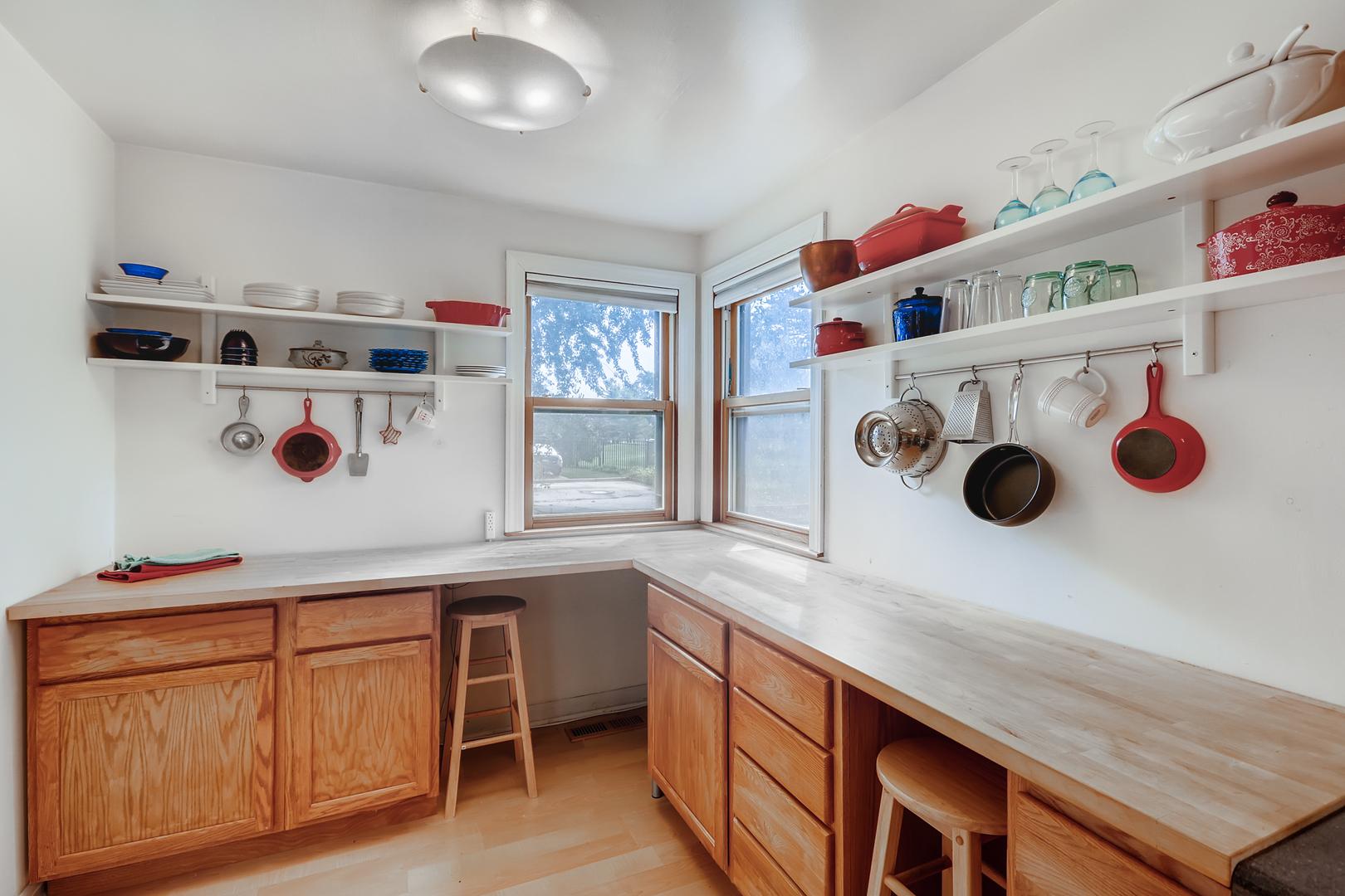 214 Nordica, Glenview, Illinois, 60025