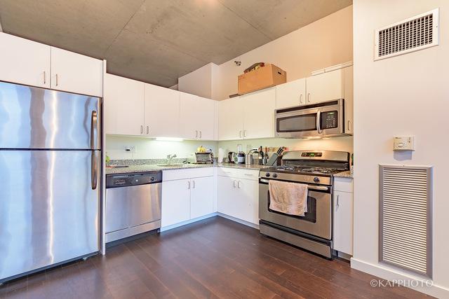 235 Van Buren ST #1920, Chicago, IL 60607 $225,000 Www.acgroupchicago.com  MLS#09904753