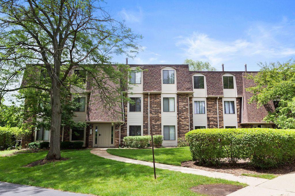 274 W Court Of Shorewood Drive, Unit 3b, Vernon Hills, Il 60061