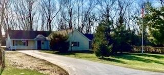 221 Burnett Avenue, Lake Villa, Illinois 60046