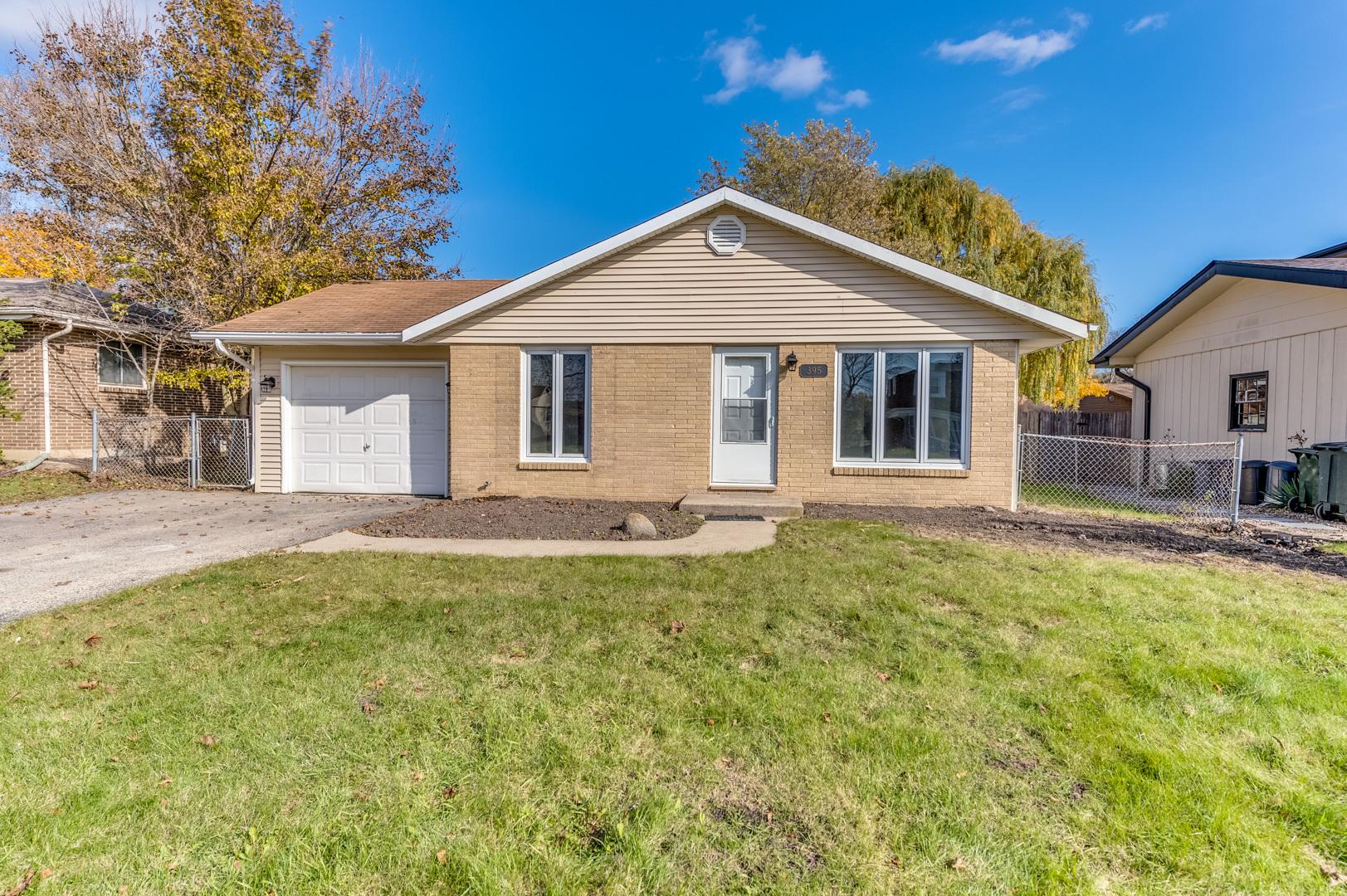 395 Northgate Road, Lindenhurst, Illinois 60046