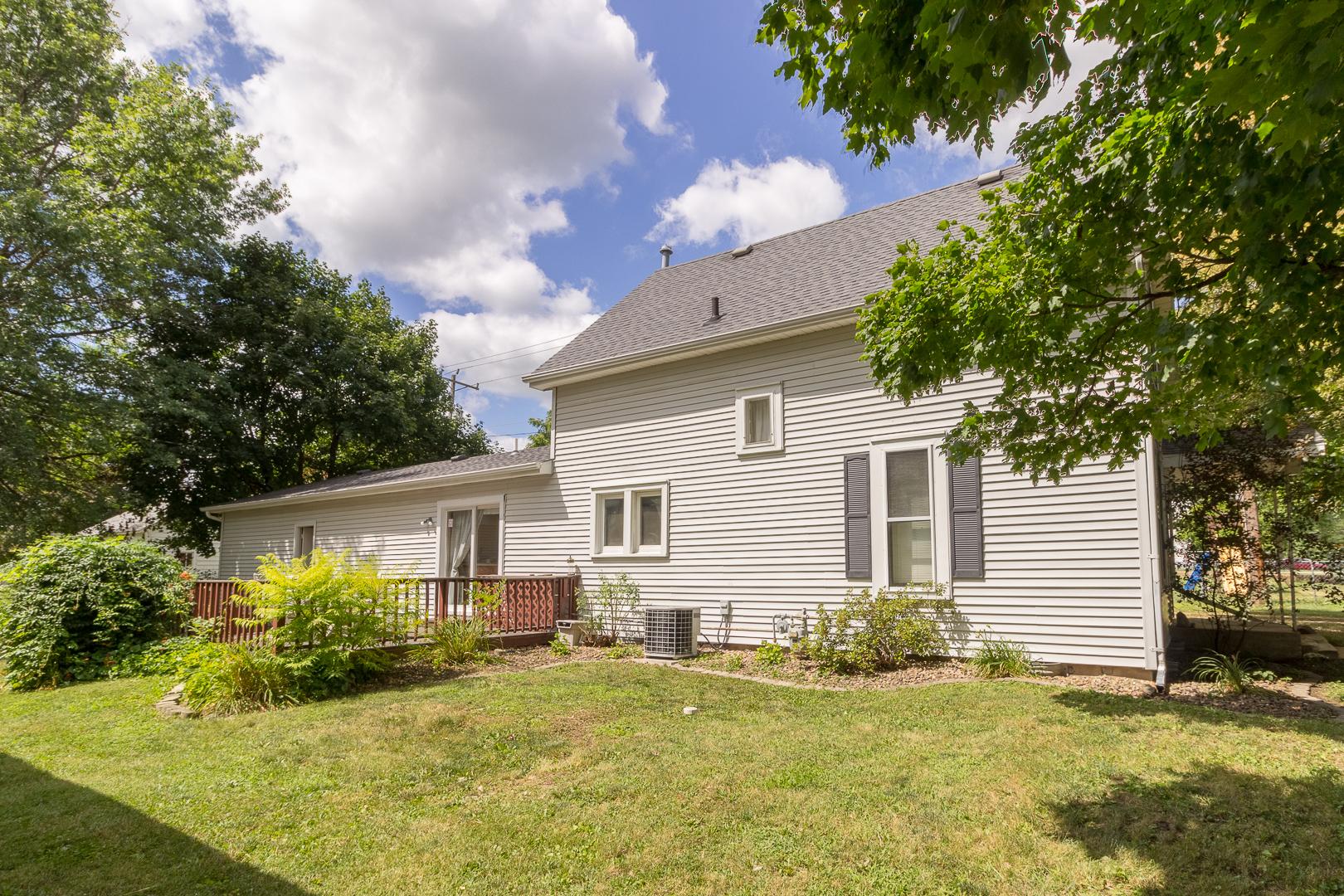 104 W North, Lexington, Illinois, 61753