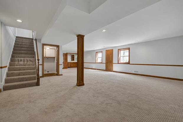 1471 Ammer, Glenview, Illinois, 60025