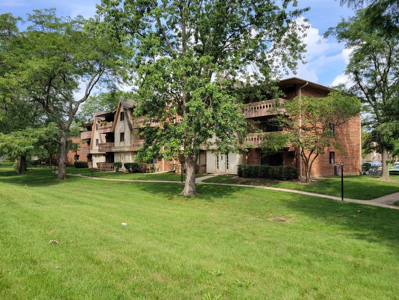 11 Parkside Court, Unit 6, Vernon Hills, Il 60061