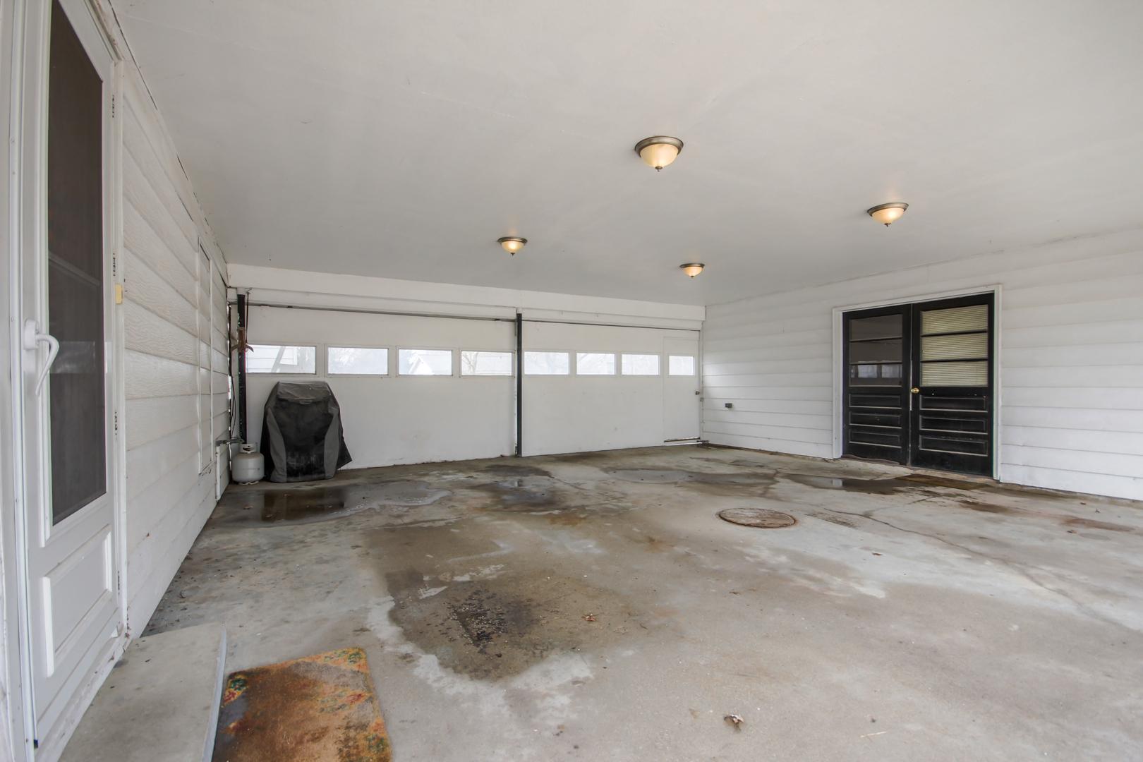 613 East Lincoln, Saybrook, Illinois, 61770