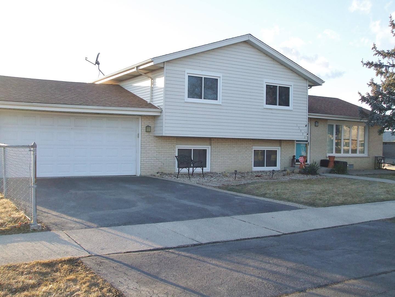 17032 88th, Orland Hills, Illinois, 60487
