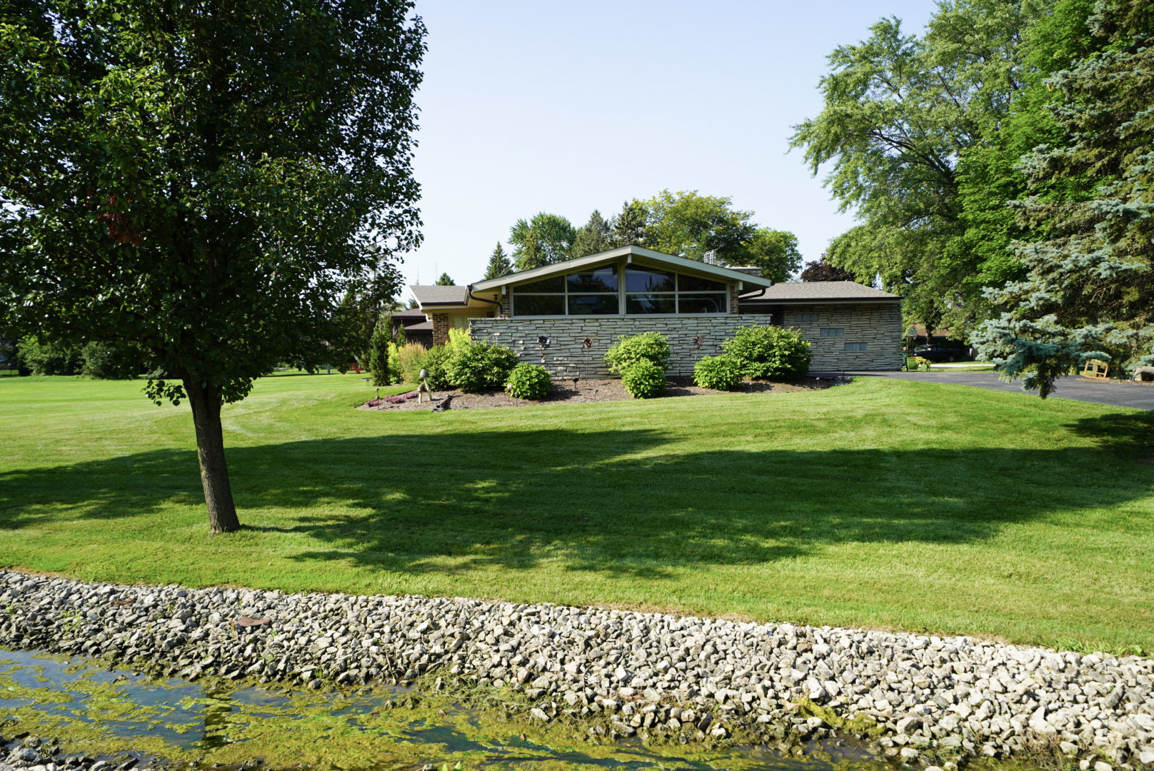 20W201 Meadow, LEMONT, Illinois, 60439