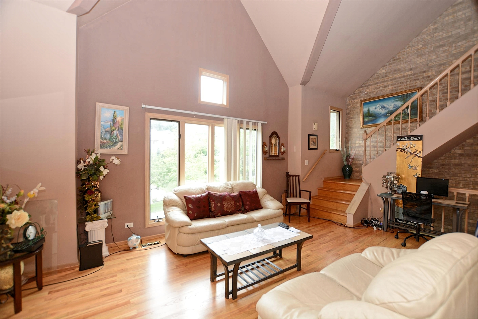 22 Cliffside Circle, Willow Springs, Illinois, 60480