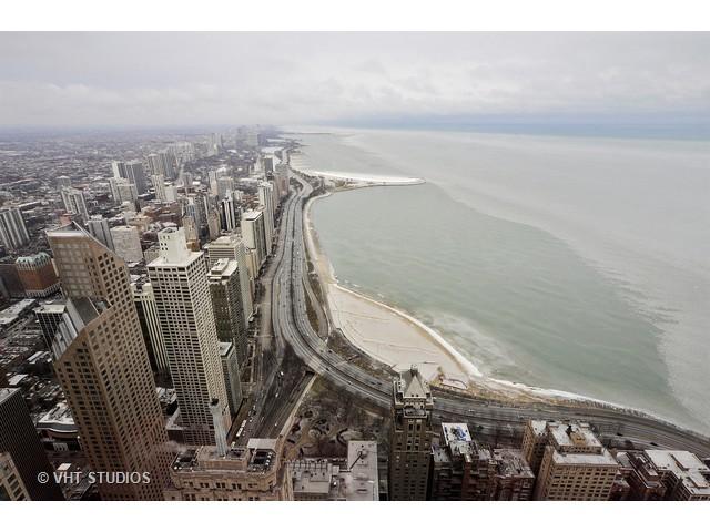 175 East DELAWARE 7204, Chicago, Illinois, 60611