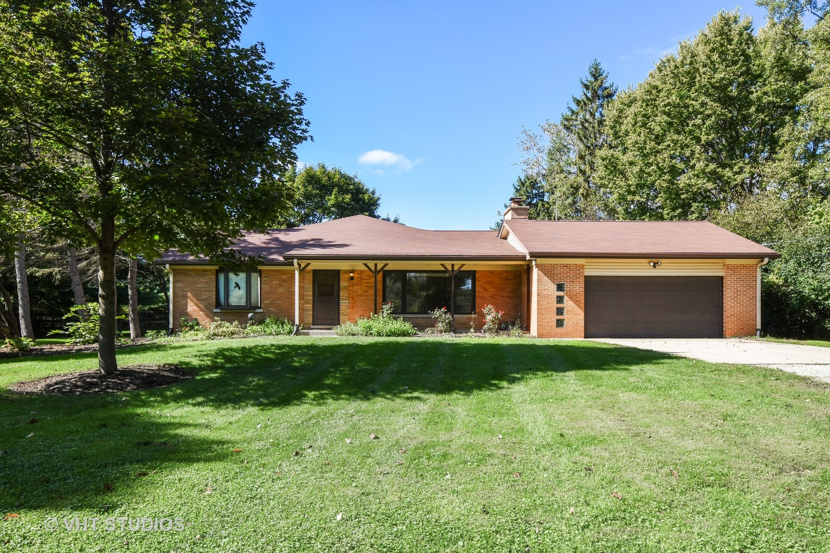 5127 North Arlington Heights Road, Long Grove, Illinois 60047