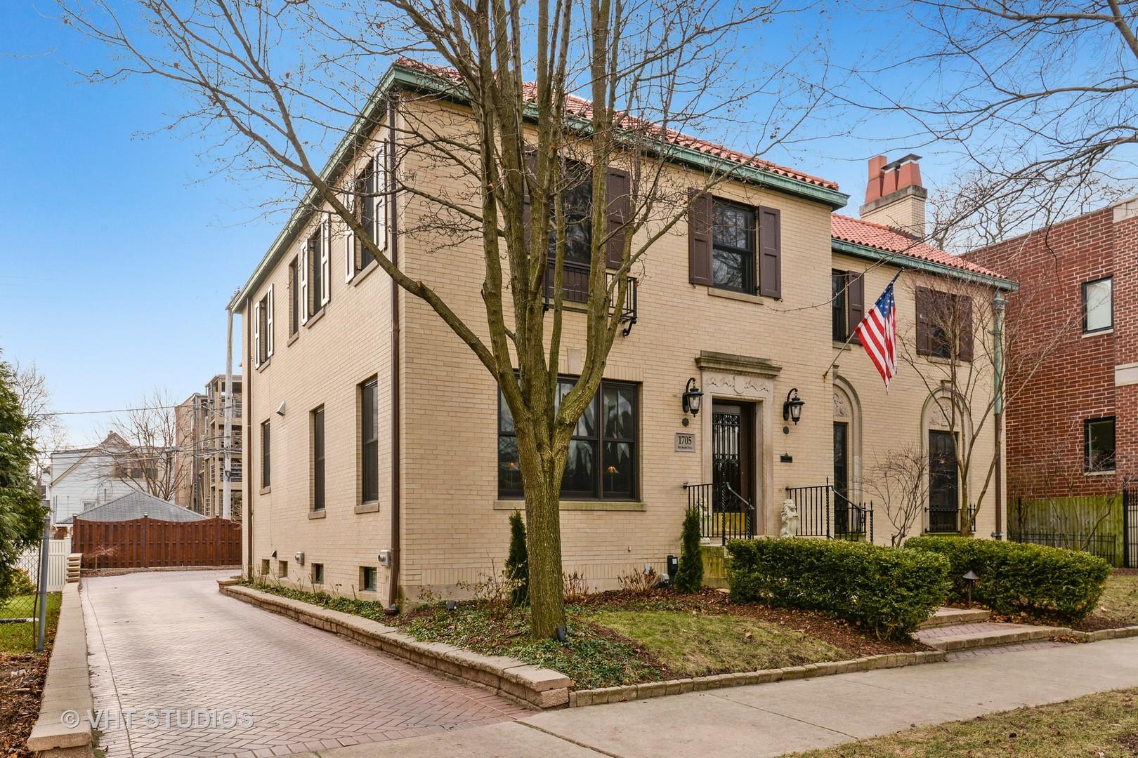 1705 W Rosehill Exterior Photo