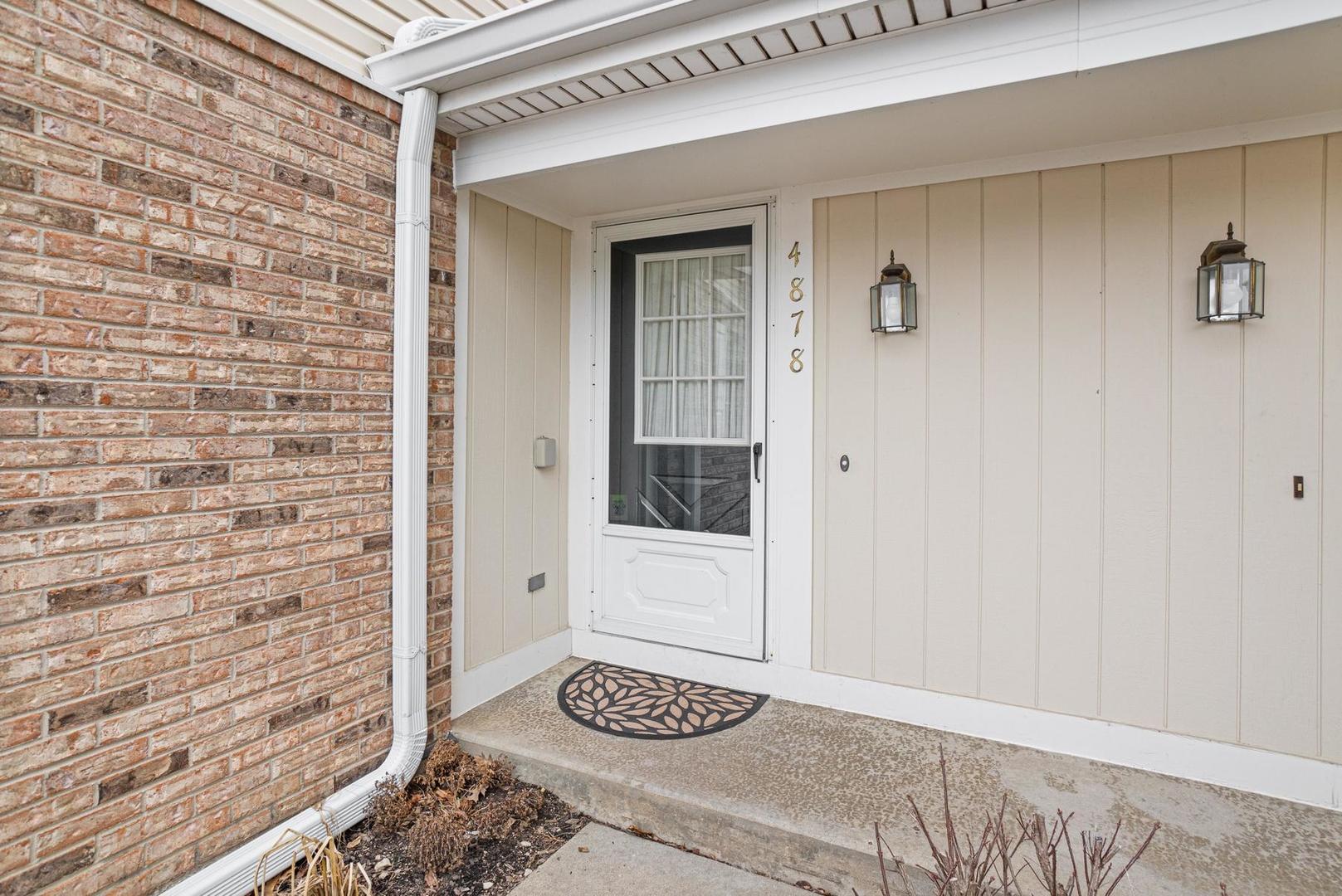 4878 Prestwick, Hoffman Estates, Illinois, 60010