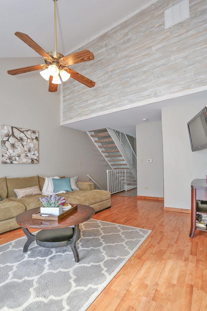 4479 Olmstead, Hoffman Estates, Illinois, 60192