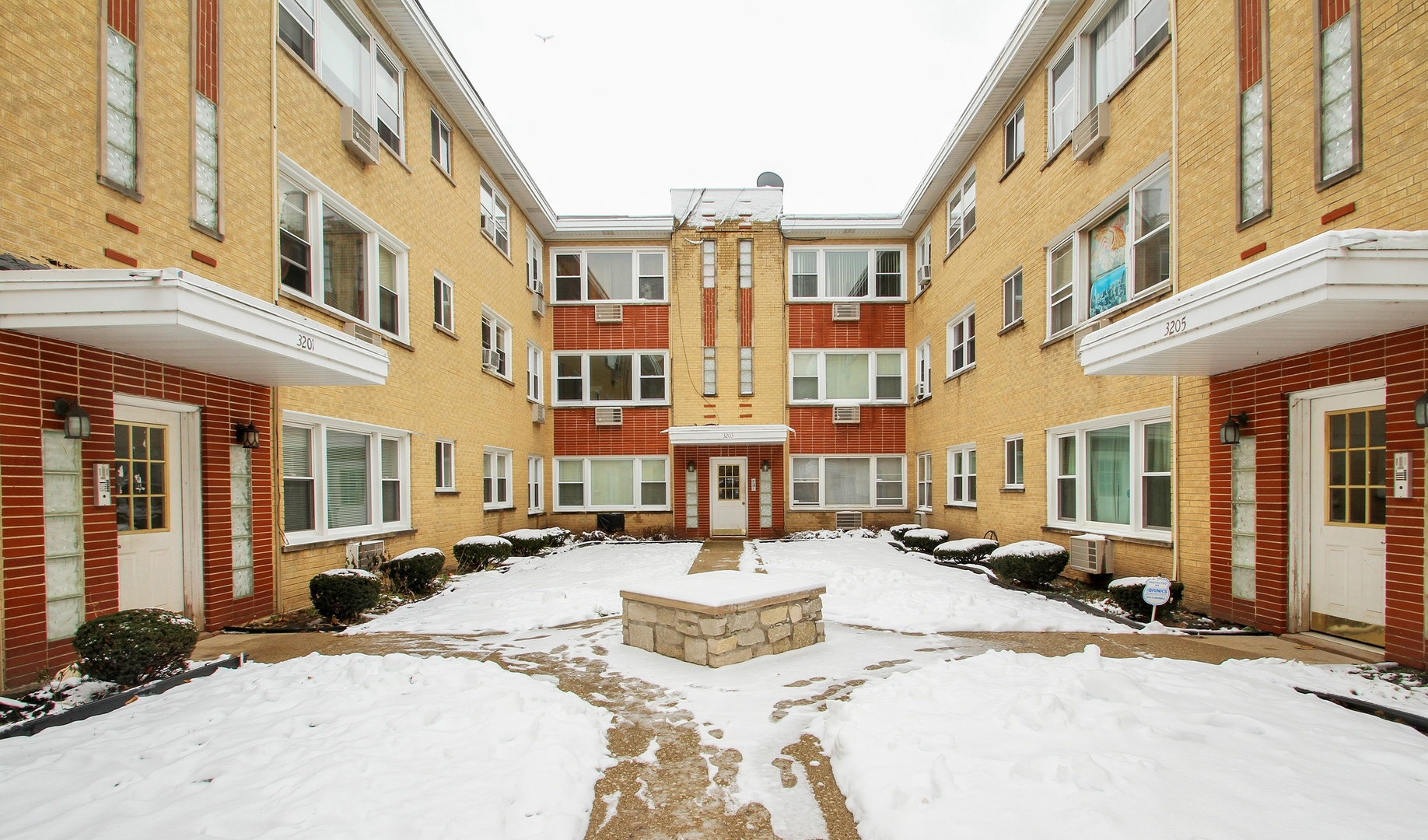 3203 W Berwyn Exterior Photo