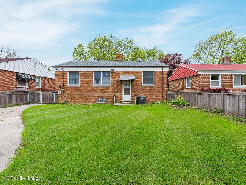 9947 Drury, Westchester, Illinois, 60154