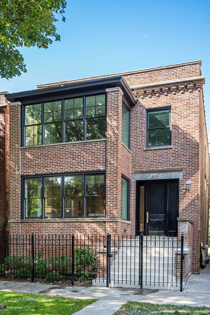 3 House in Lincoln Square