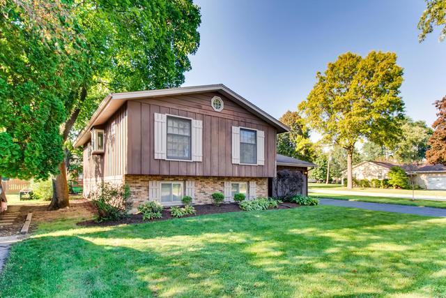 300 Hillcrest, Algonquin, Illinois, 60102