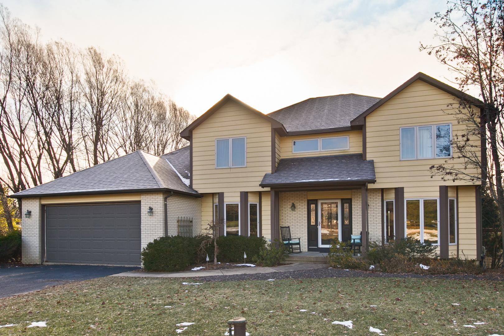 805 Grace Lane, Lake Villa, Illinois 60046