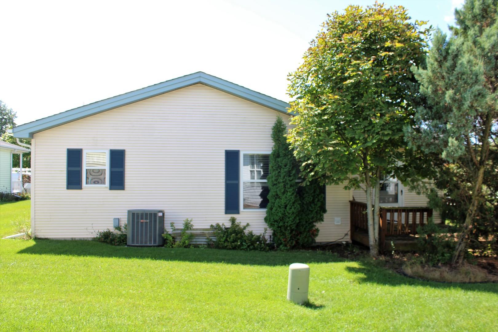 6 Furlong, Grayslake, Illinois, 60030