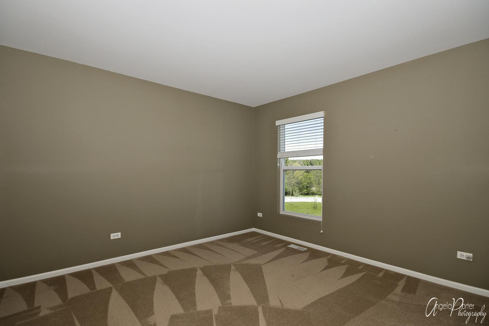 1040 GOLDFINCH, ANTIOCH, Illinois, 60002
