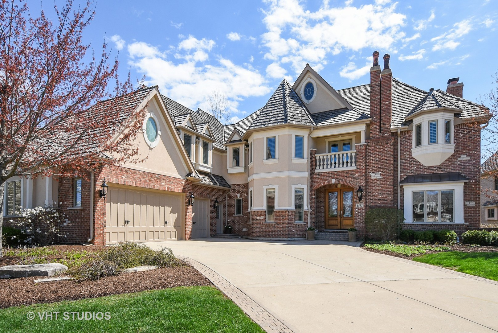 1895 Royal Birkdale Drive, Vernon Hills, IL 60061