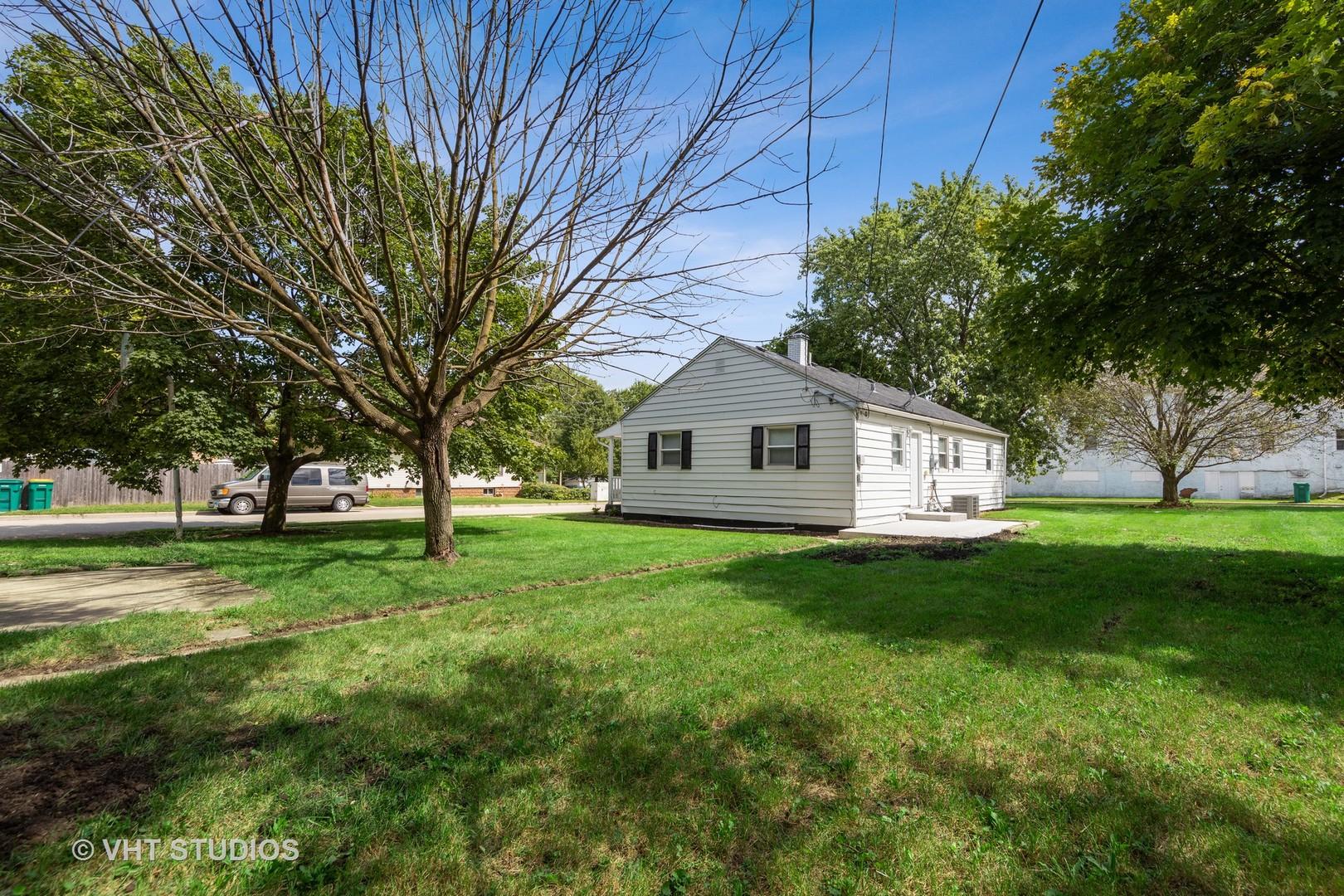 1002 Fisk, Joliet, Illinois, 60436