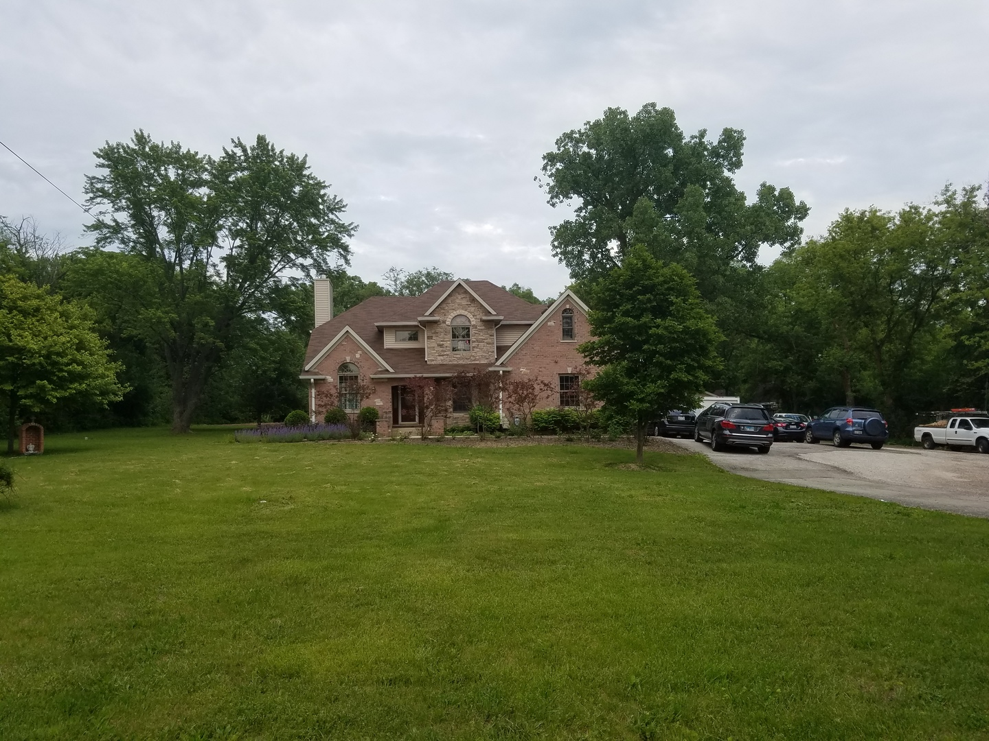 25713 North Diamond Lake Road, Mundelein, Illinois 60060
