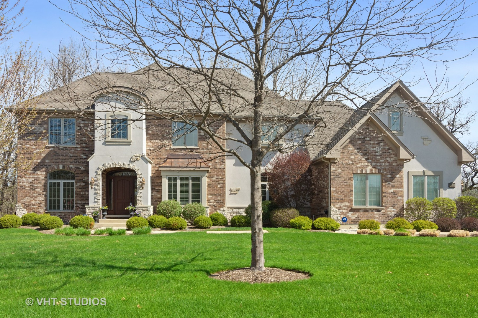 6 Scarlet Oak Drive, Hawthorn Woods, Illinois 60047