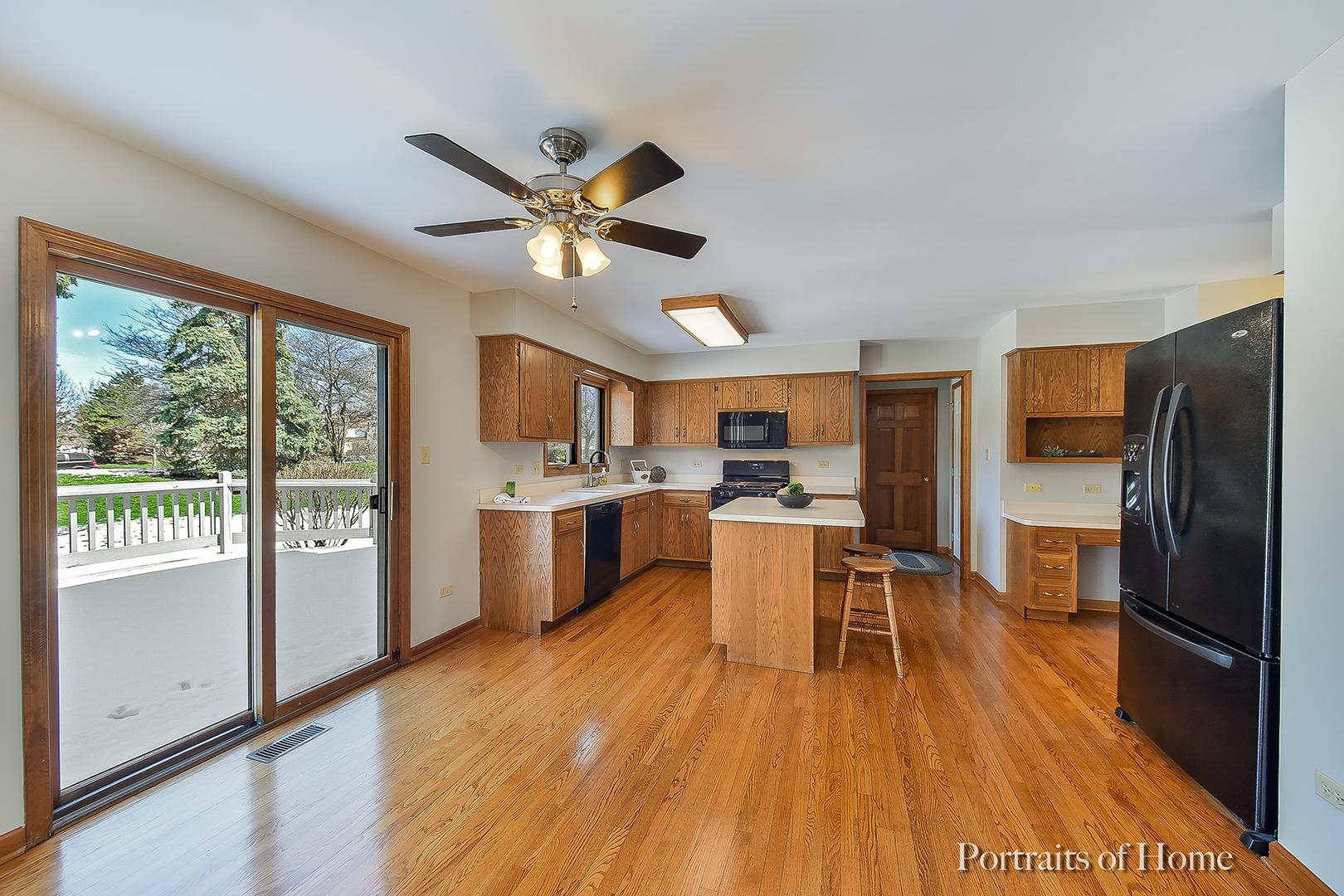 21 Breckenridge, AURORA, Illinois, 60504