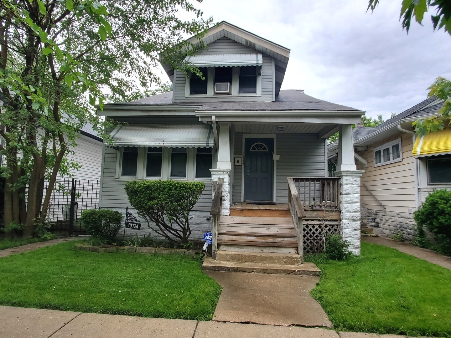 10124 S STATE Exterior Photo