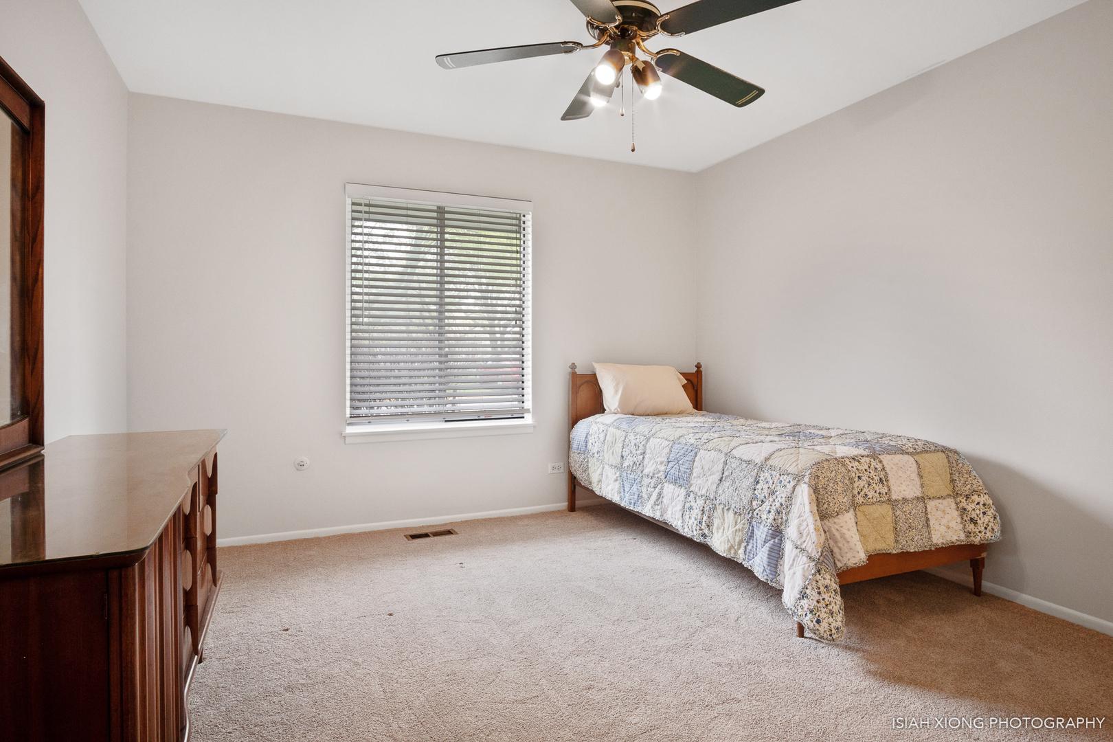 342 Springlake A, AURORA, Illinois, 60504