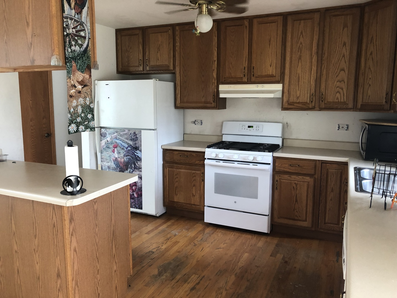1006 Ann, Joliet, Illinois, 60435