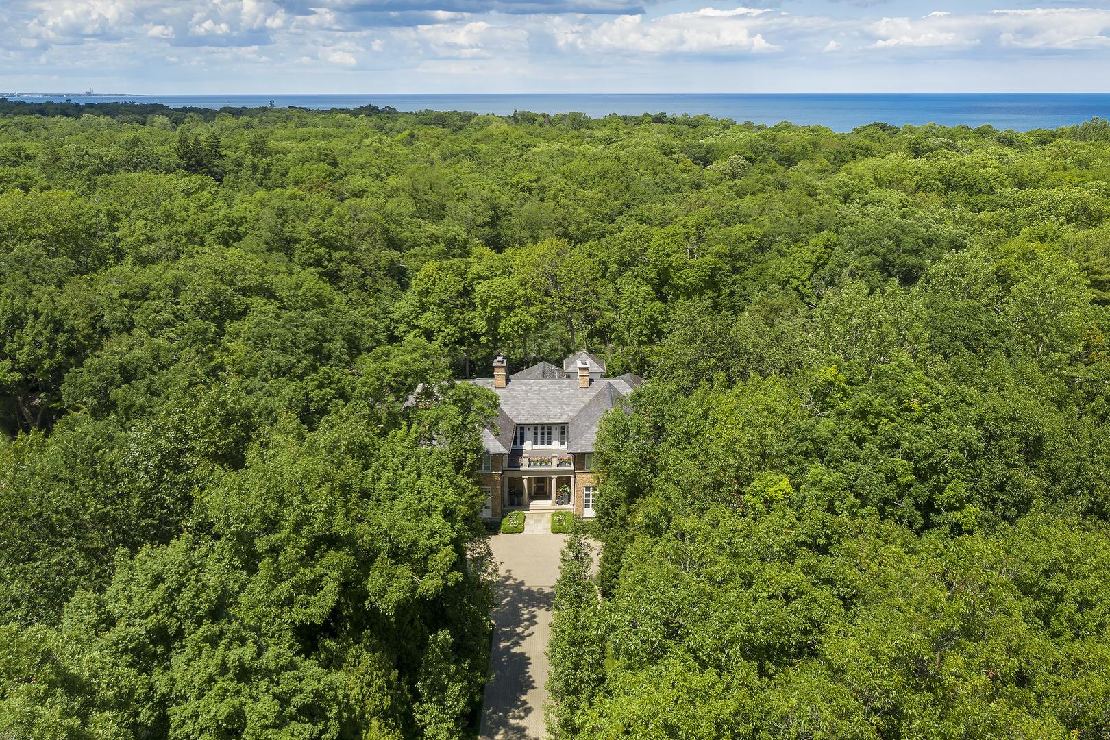 1020 Havenwood, Lake Forest, Illinois, 60045