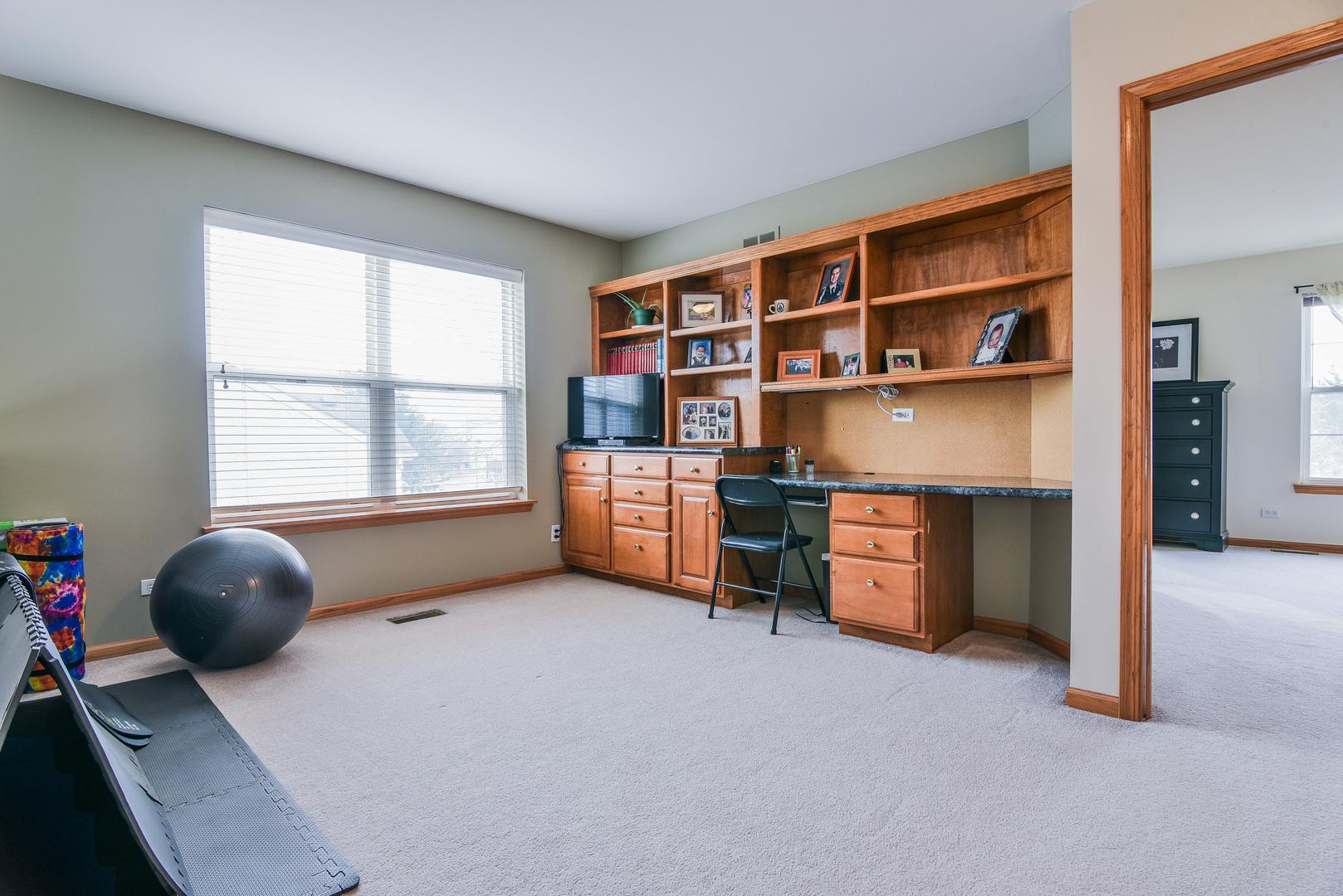 802 Honeysuckle, AURORA, Illinois, 60506