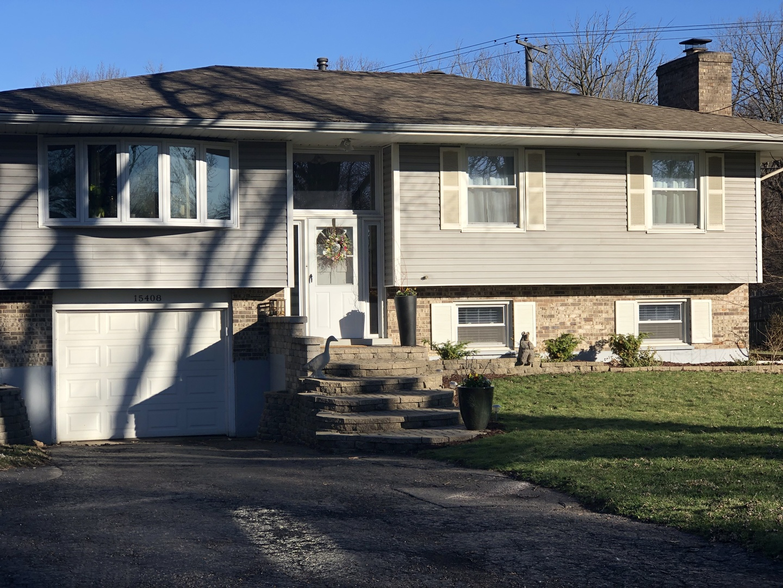 15408 West Fair Lane, Libertyville, Illinois 60048