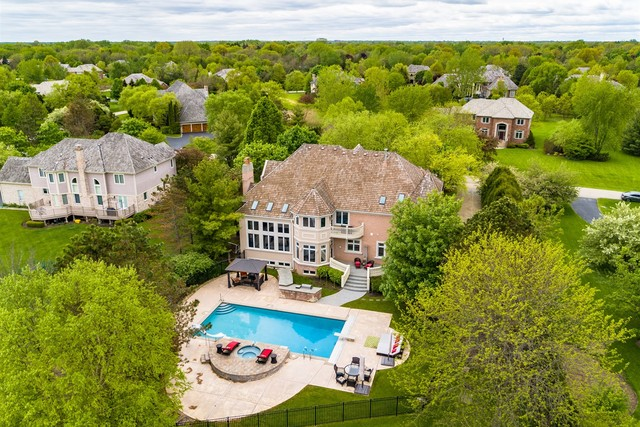 1734 Country Club Drive, Long Grove, Illinois 60047