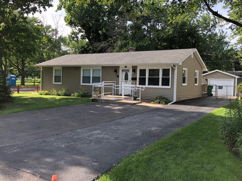402 Bonnie Brae Avenue, Grayslake, Illinois 60030