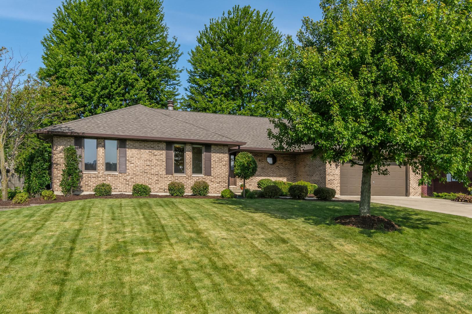 651 North Sycamore, HINCKLEY, Illinois, 60520