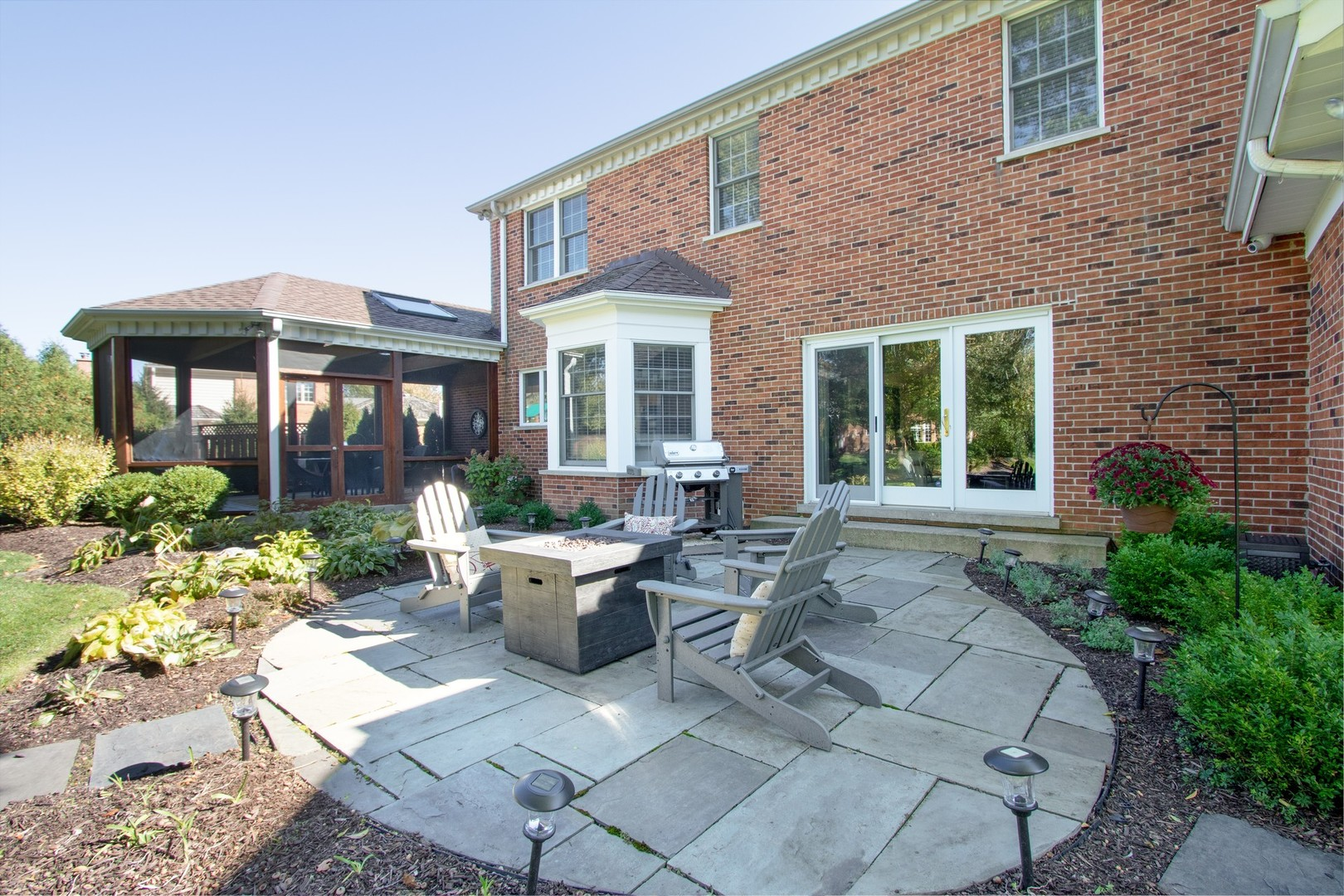 130 West Blackthorn, Lake Forest, Illinois, 60045