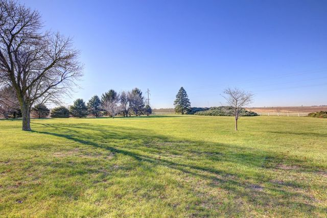 995 North State Hwy 105, Bement, Illinois, 61813