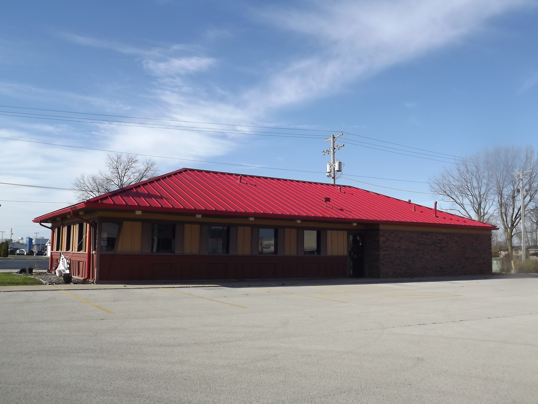 1144 E Walnut Street, Watseka, IL 60970