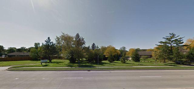 3330 Milwaukee Avenue, Glenview, IL 60062