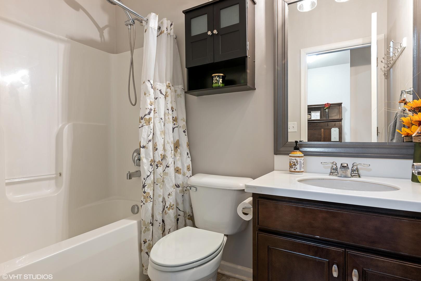 1580 Burr Oak, Hoffman Estates, Illinois, 60192
