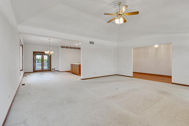 21171 Woodbridge, Frankfort, Illinois, 60423