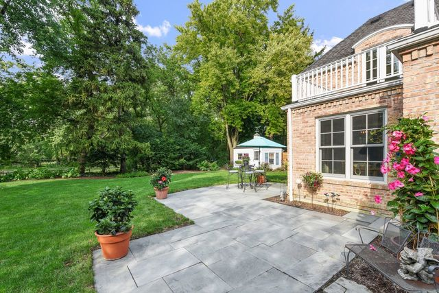 1760 Grove, Glenview, Illinois, 60025