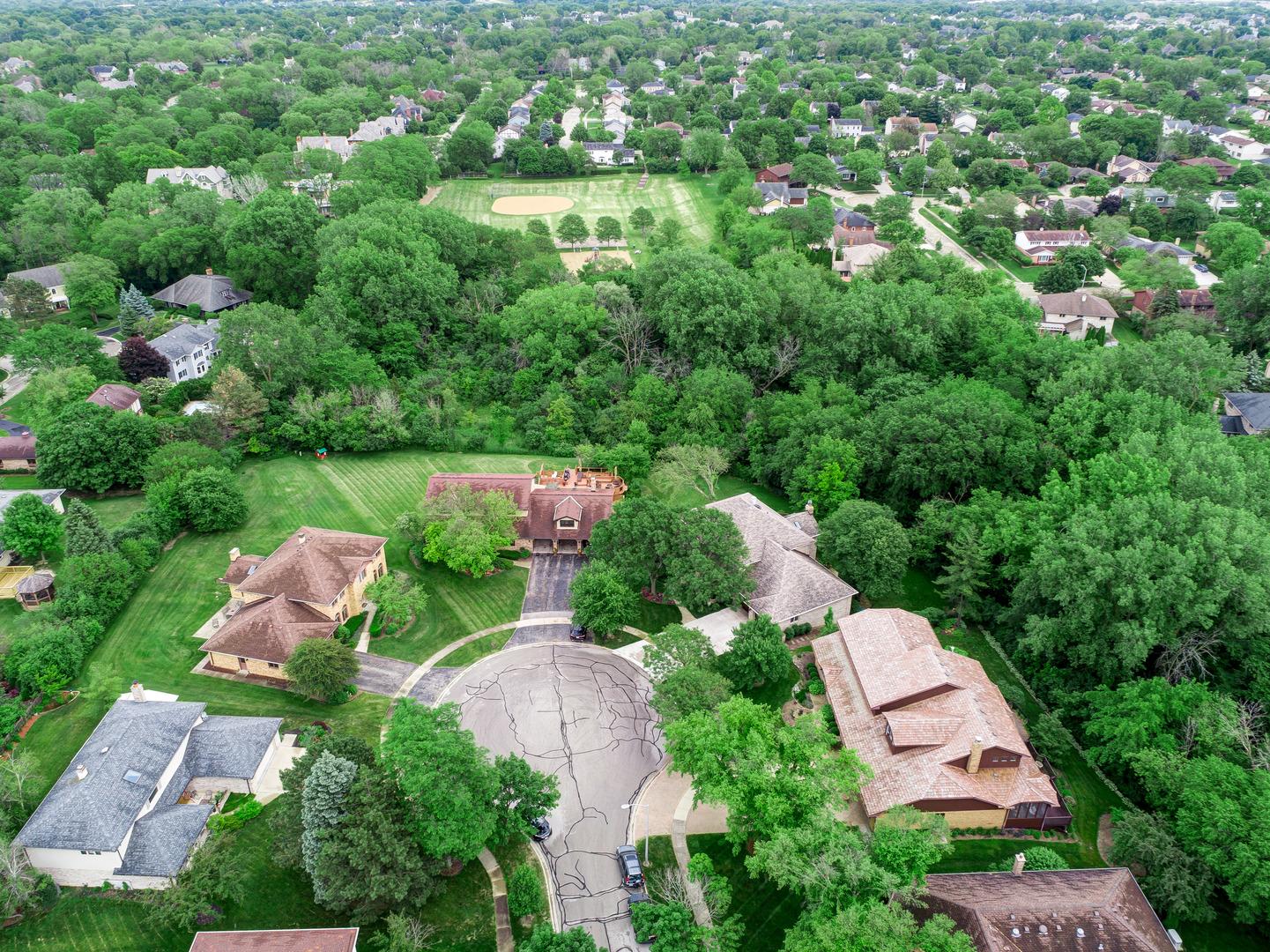 421 Creekside, WILLOWBROOK, Illinois, 60527