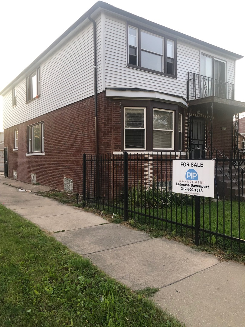 9356 South Perry, CHICAGO, Illinois, 60620