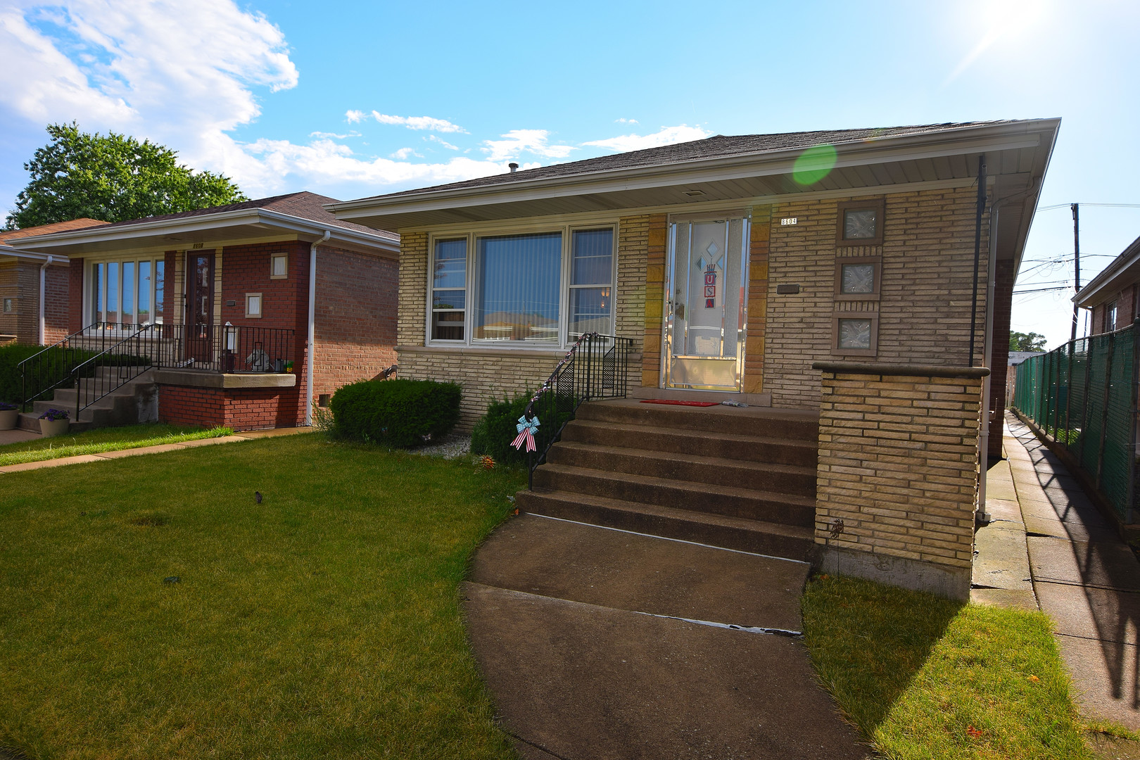 8604 S Keating Avenue, Chicago, IL 60652